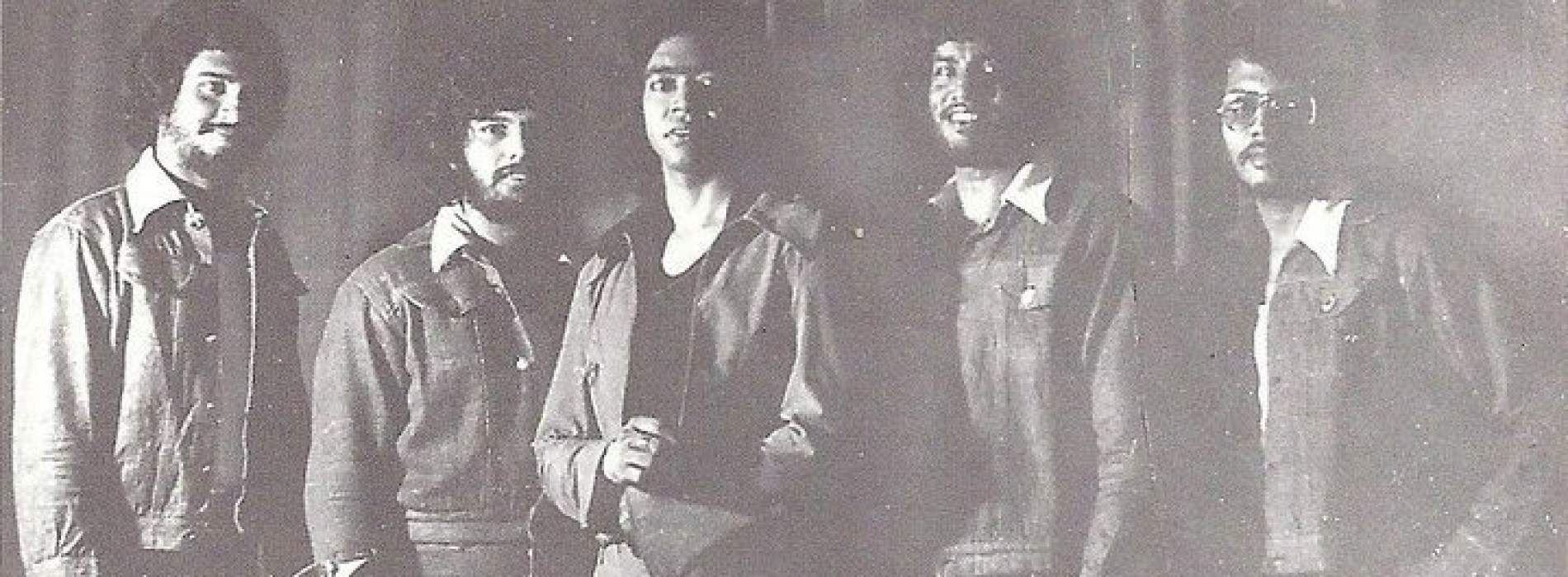 Raj Senewiratne ft Amazing Grace – Bohemian Rhapsody (1976)