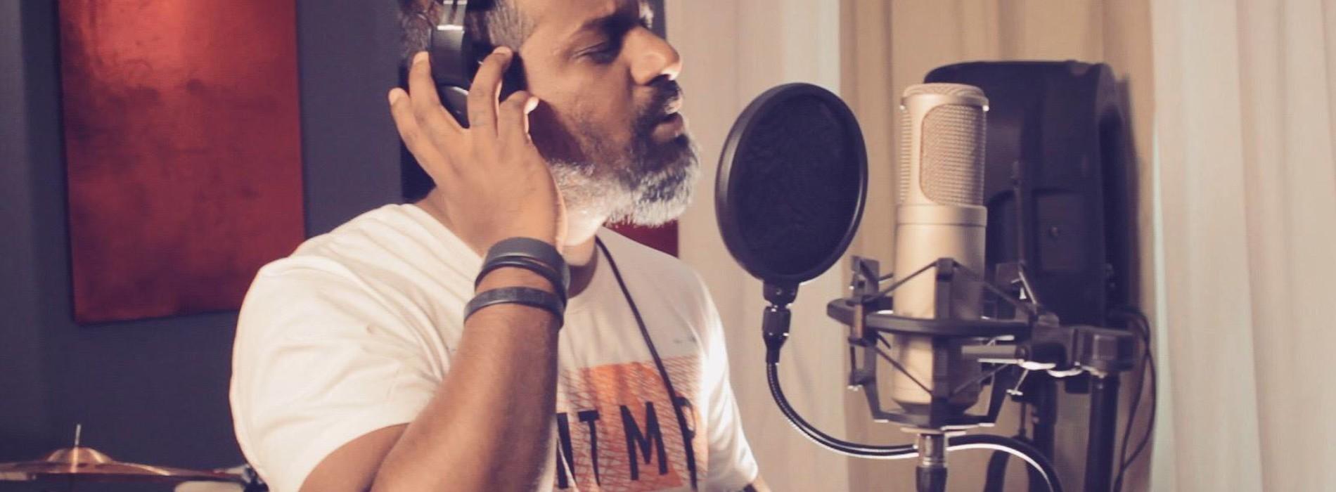 RECHY Feat K Mac – Ahase Tharu Nela ( Official Video )