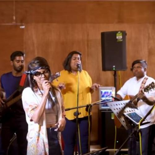 Galana Ganga (ගලන ගඟ ) – Ravi jay ft. Charitha Attalage (Cover) Yohani ft. Singing Potatoes