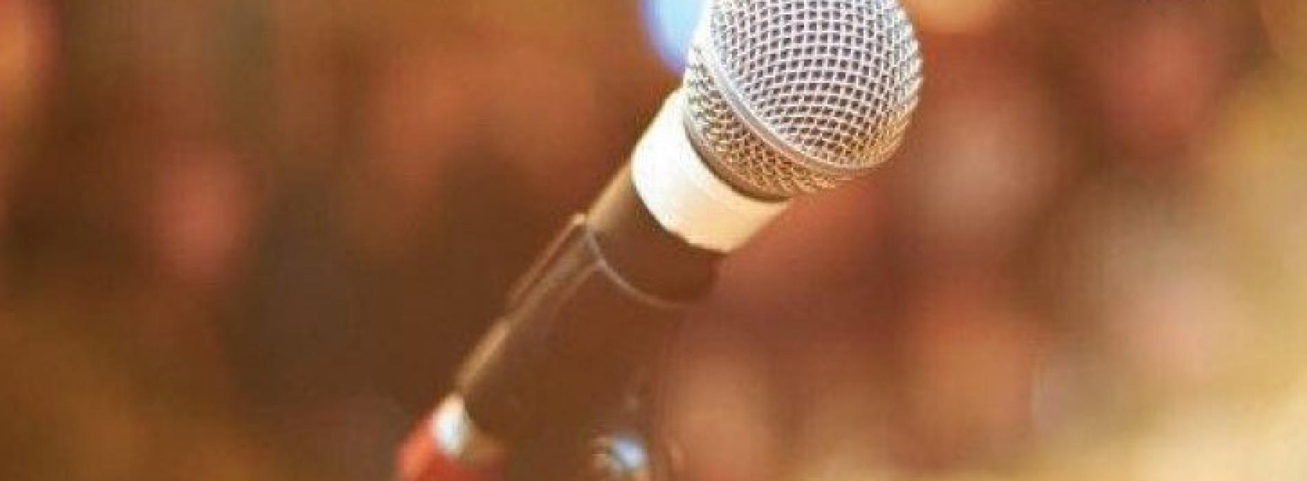 Open Mic And Stand Up Comedy