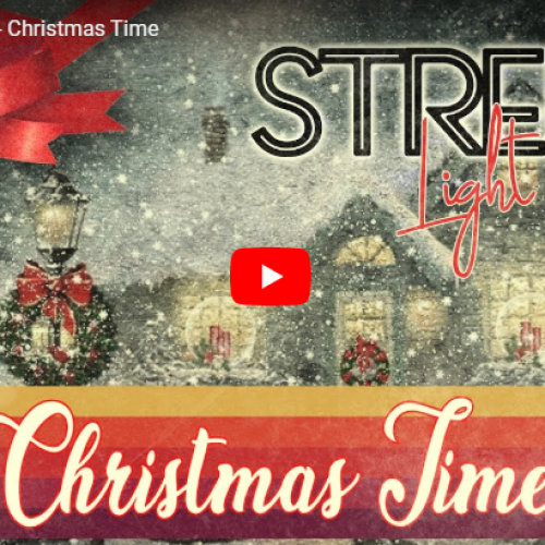 Street Light Mist – Christmas Time