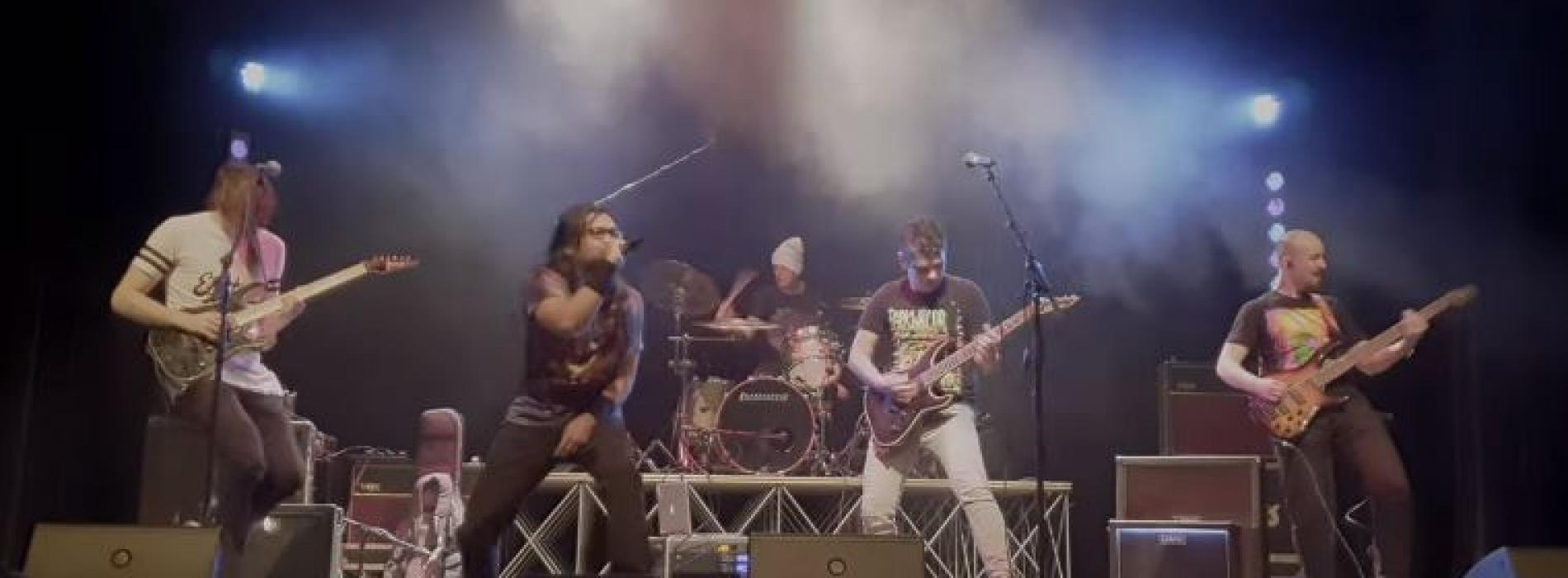 Far From Refuge – There Was A Light (Live)