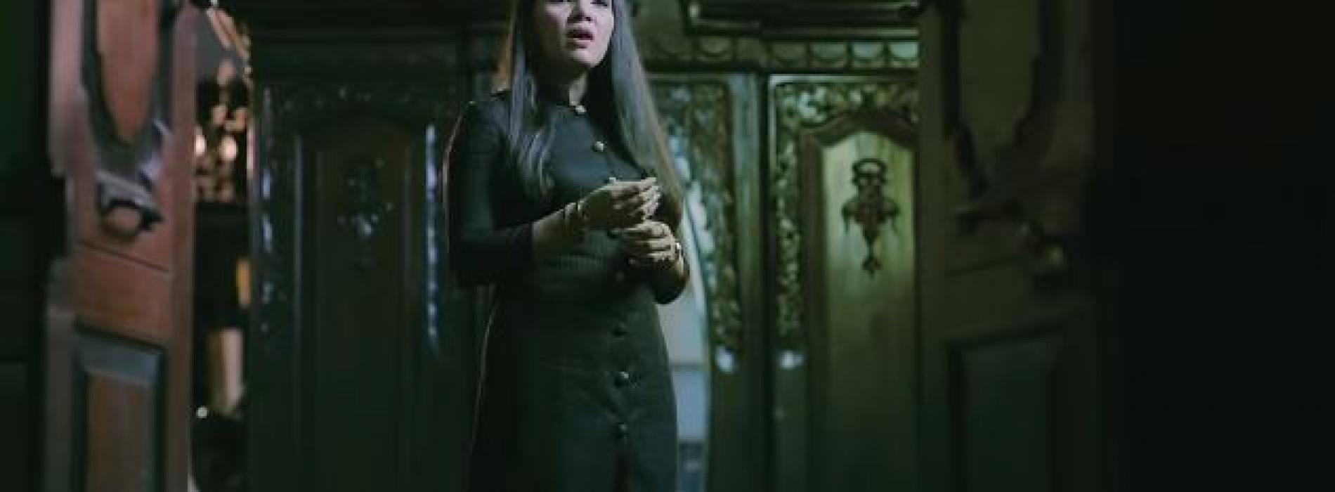 New Music : Ethera Soya (එතෙර සොයා) – Sashika Nisansala Official Music Video